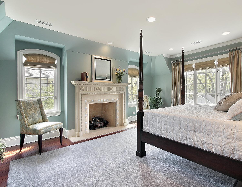 сатиновые натяжные потолки в классическом стиле